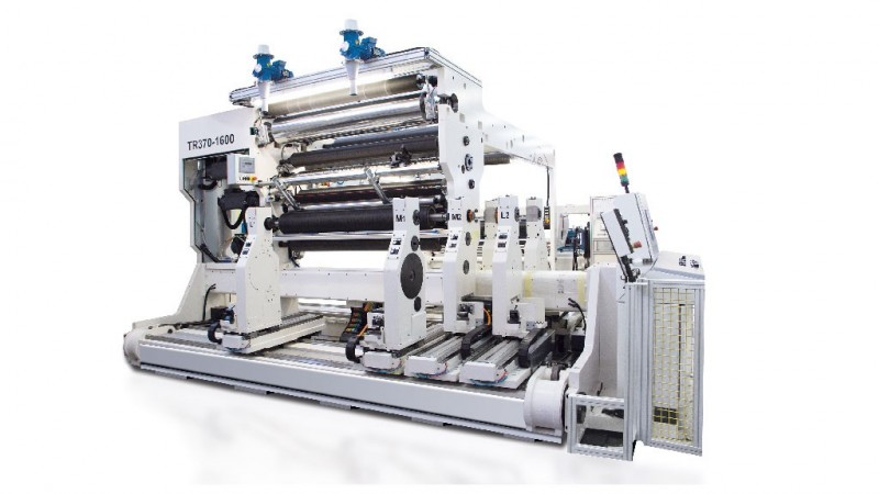 TR 370 Special center-surface tecnology for large rolls and semi-rigid materials